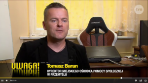 dyrektor MOPS Tomasz Baran w Uwaga TVN